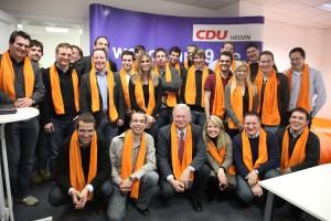 Mitglieder des Webcamps mit Ministerpräsident Koch